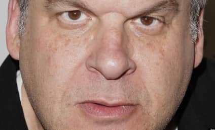 Jeff Garlin: Totally Grossed Out by Selena Gomez!