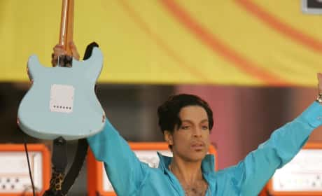 Prince Performs Picture