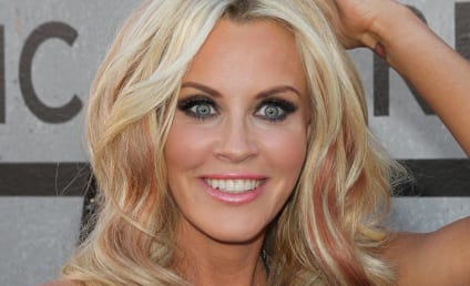 "Jenny McCarthy Labeled ""Homicidal Maniac,"" ""Threat to Public Health"" by Critics"