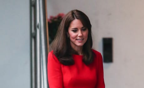 Kate Middleton - Anna Freud Center Christmas Party