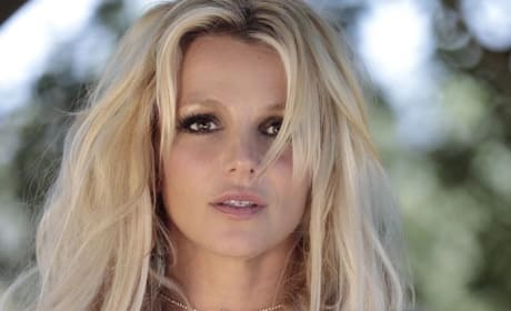 Britney Spears Looks Flawless