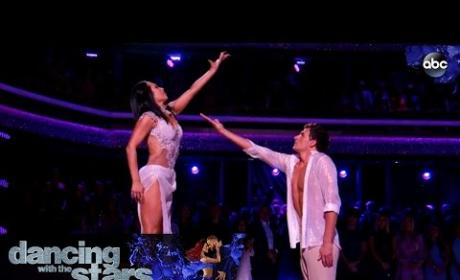 Ryan Lochte and Cheryl Burke: Contemporary Time!