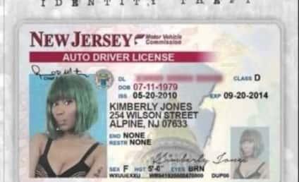 "Lil Kim Throws MAJOR Shade at Nicki Minaj with ""Identity Theft"""