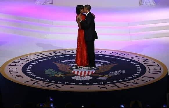 Barack and Michelle Kissing