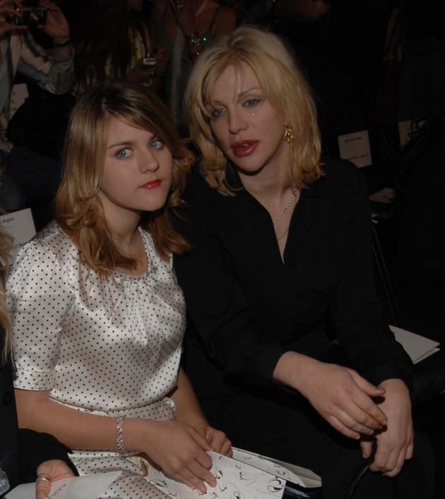 Frances Bean, Courtney Love