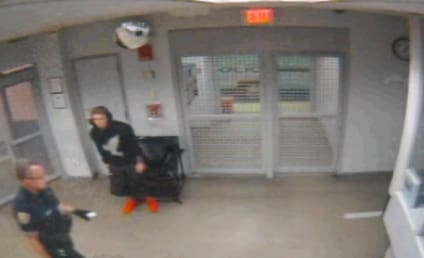 Justin Bieber Urine Test: Caught on Camera!