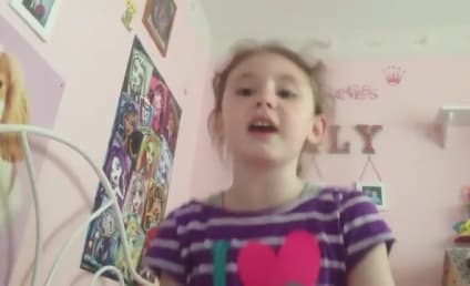 "Young Girl Sings ""Let Me Poop,"" Hilariously Parodies Frozen"