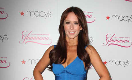 You prefer Jennifer Love Hewitt's hair...