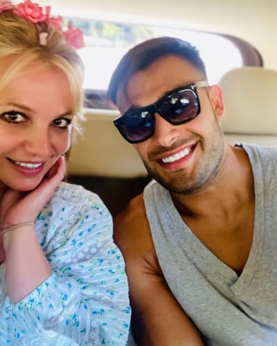 Britney and Sam on Vacation
