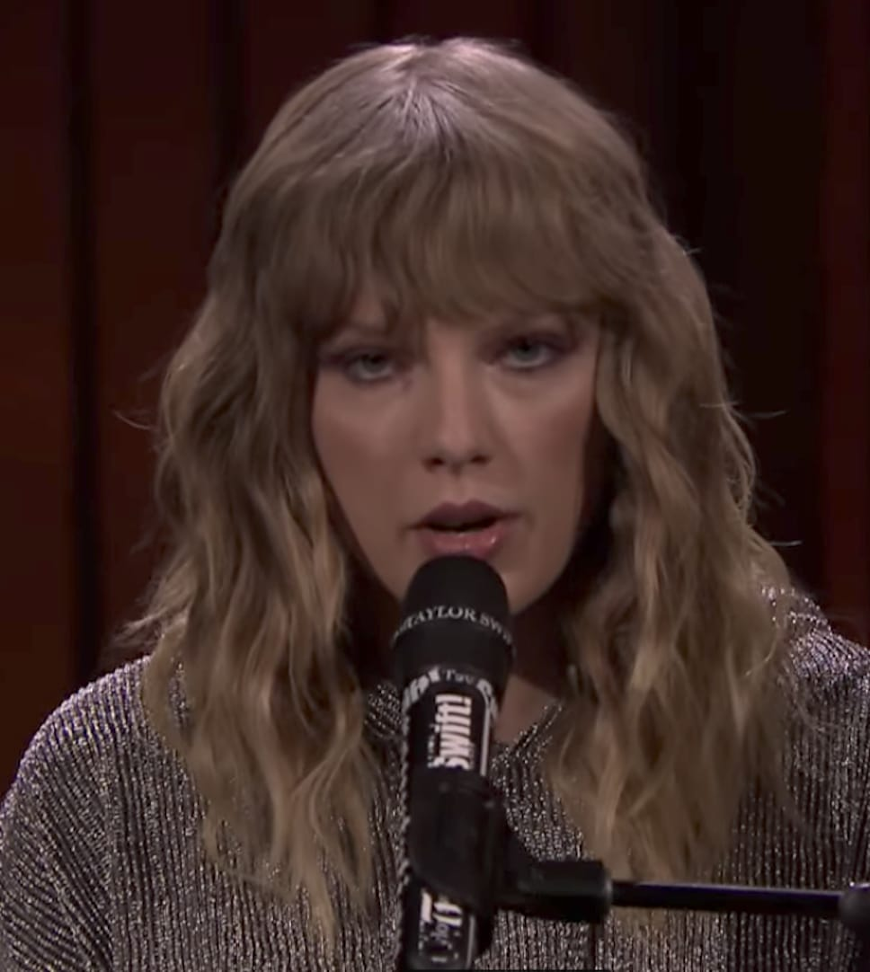 Taylor Swift Debuts New Song on The Tonight Show, Brings