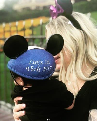 Kailyn Lowry, Baby Lux Visit Disneyland