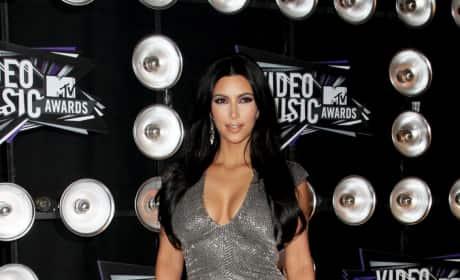 Who looked better at the VMAs: Kim Kardashian or Kreayshawn?