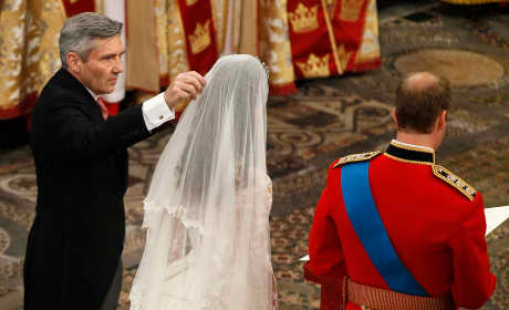 Michael Middleton Fixes Kate Middleton's Veil at Her Wedding