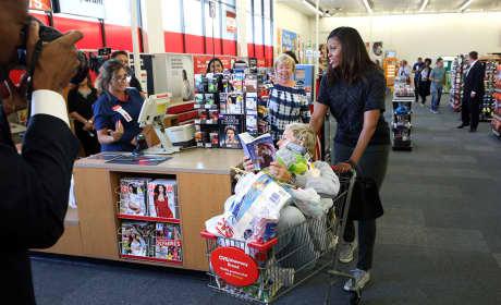 Ellen DeGeneres Takes Michelle Obama Shopping, Hilarity Ensues