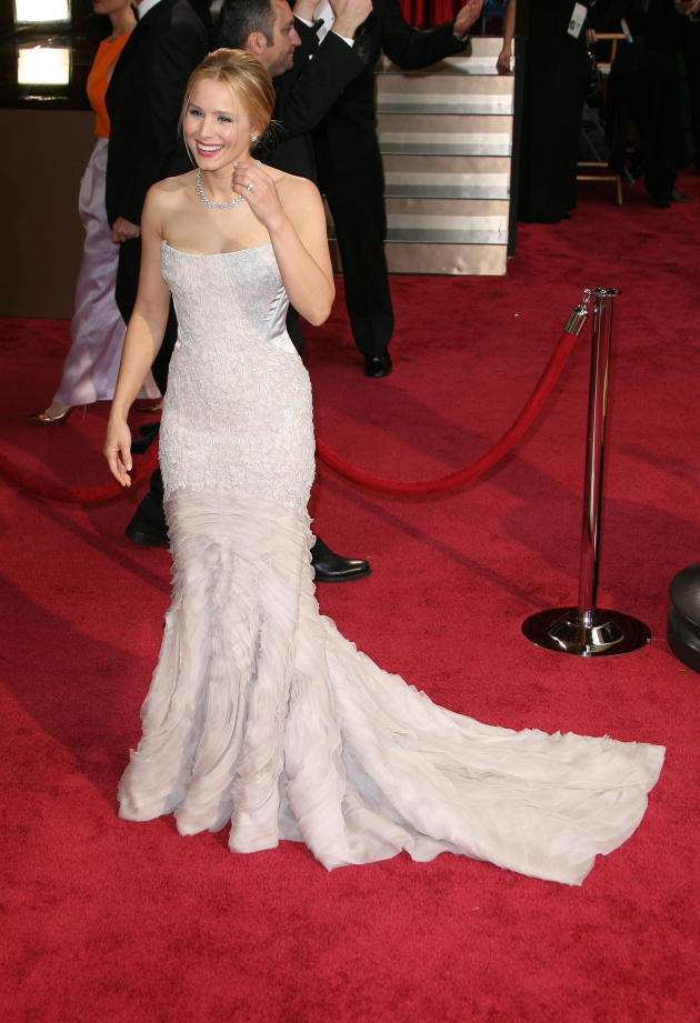 Kristen Bell at the Oscars